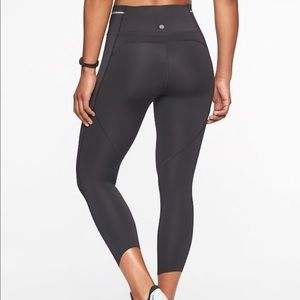 Athleta Sonic Capri Black Women's Size Medium